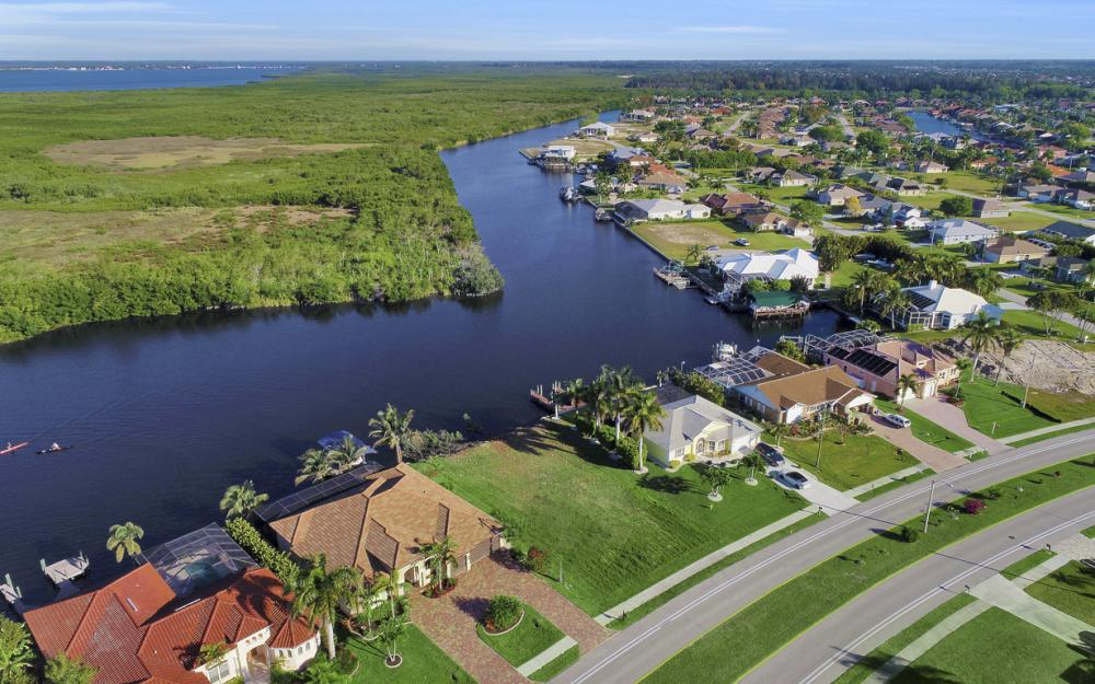 2948 Surfside Blvd, Cape Coral - Lot For Sale 91314879