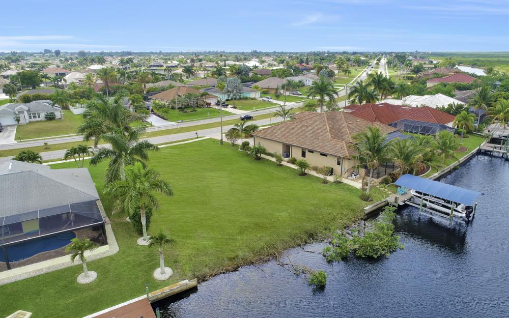 2948 Surfside Blvd, Cape Coral - Lot For Sale 1882196805