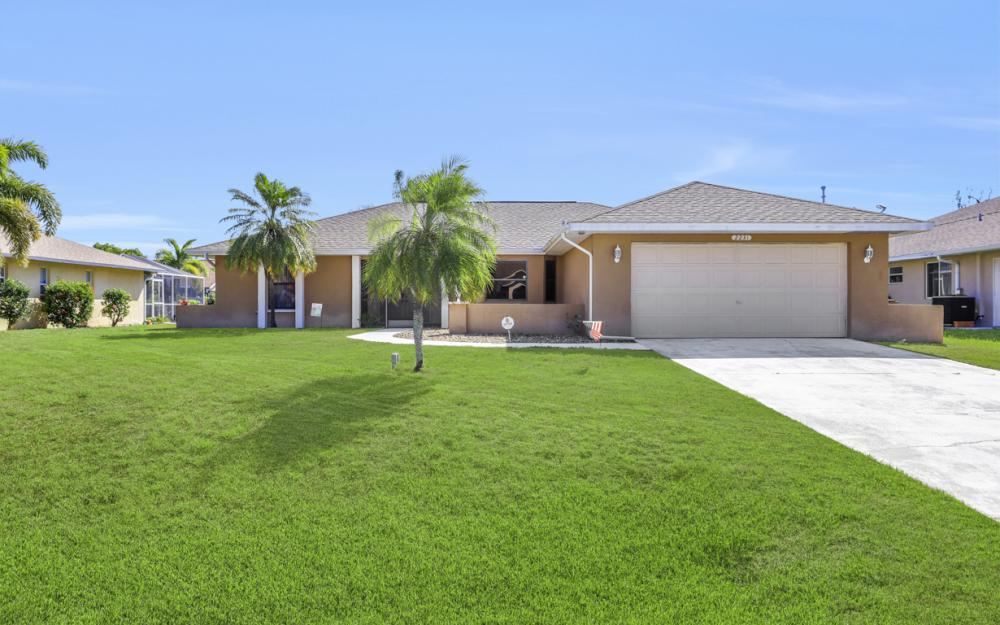 2231 SW 14th Ave, Cape Coral - Home For Sale 1240014134