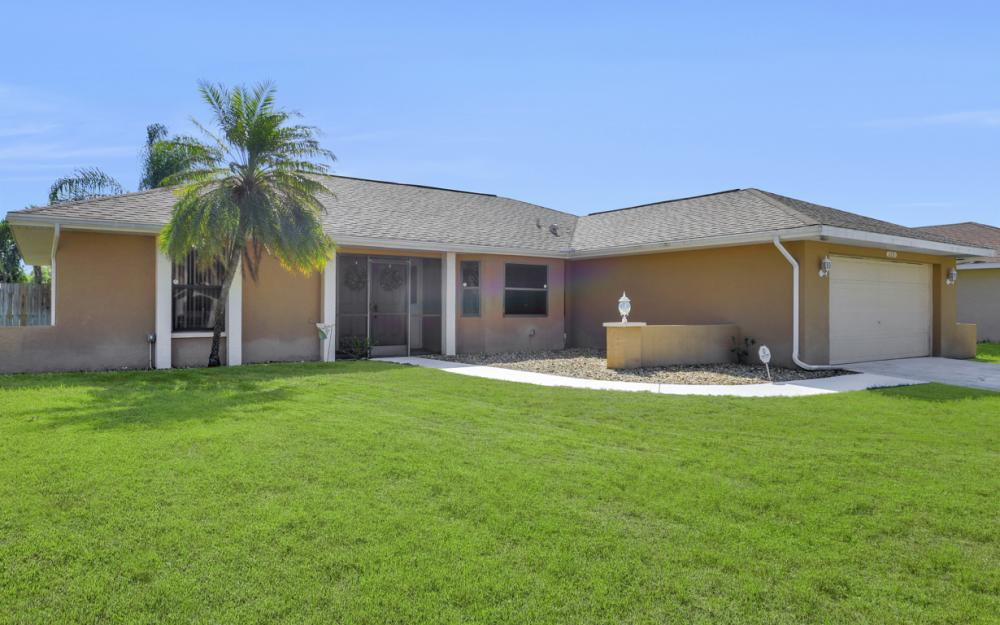 2231 SW 14th Ave, Cape Coral - Home For Sale 35900937