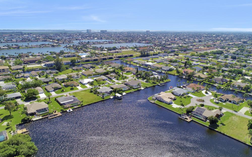 429 SW 46th Ter, Cape Coral - Home For Sale 828823391