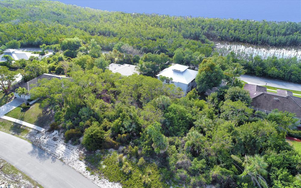 1819 Dogwood Dr, Marco Island - Lot For Sale 2530916