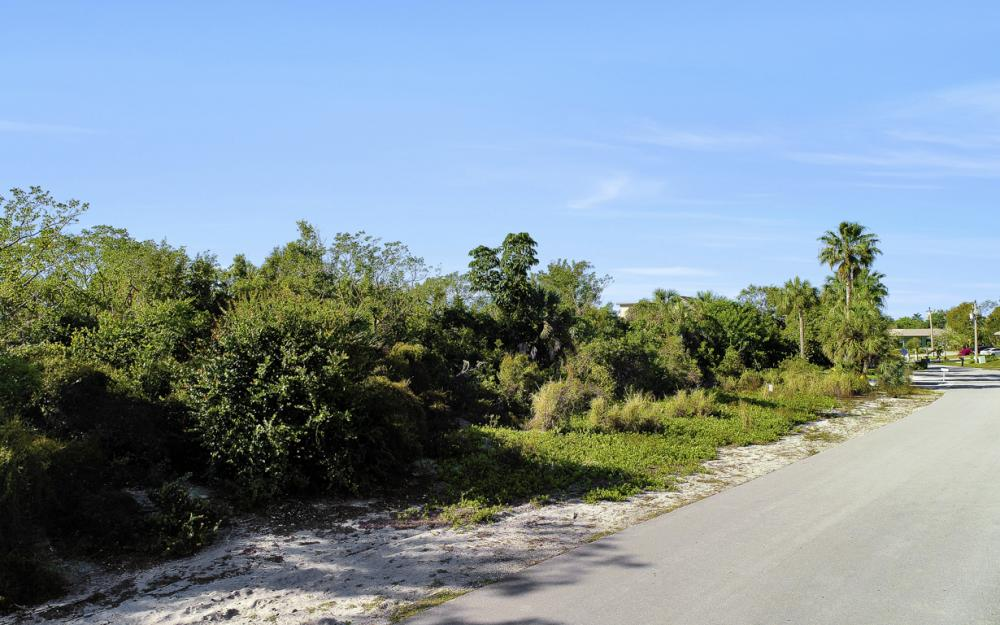 1819 Dogwood Dr, Marco Island - Lot For Sale 2128736119