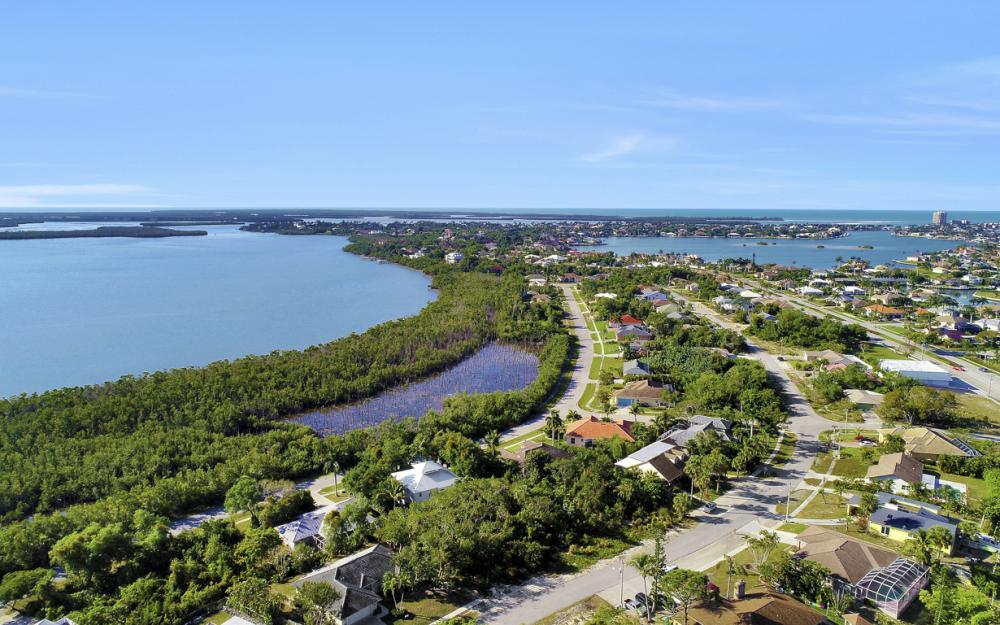 1819 Dogwood Dr, Marco Island - Lot For Sale 335775991