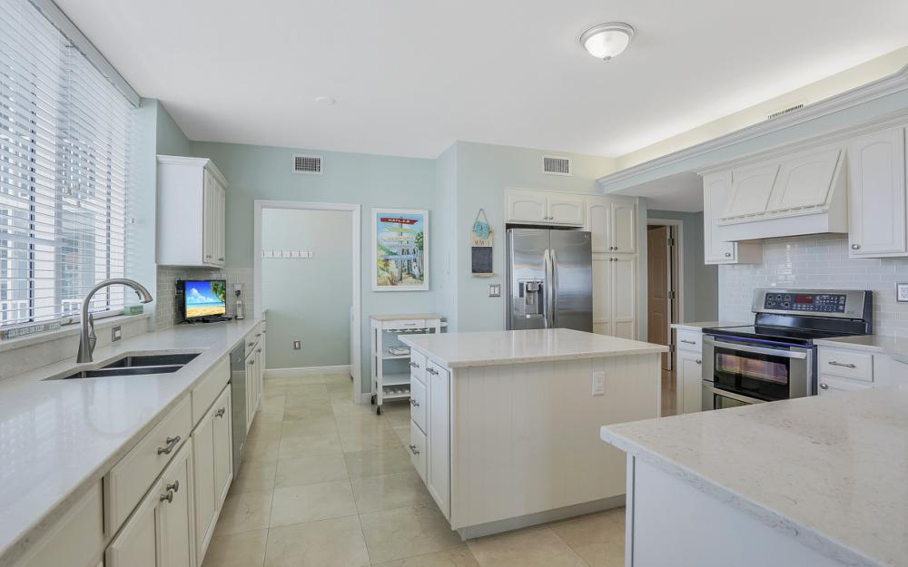 1070 South Collier Blvd #707, Marco Island - Condo For Sale 296604304