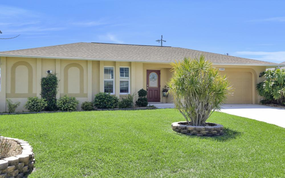 2302 SW 53rd Ter, Cape Coral - Home For Sale 1738117769