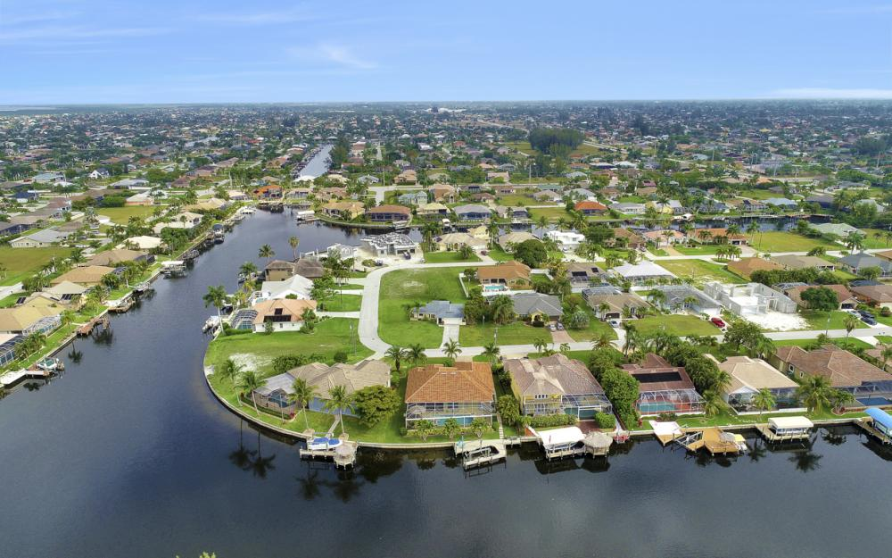 2212 SW 49th Ter, Cape Coral - Home for Sale 730606852