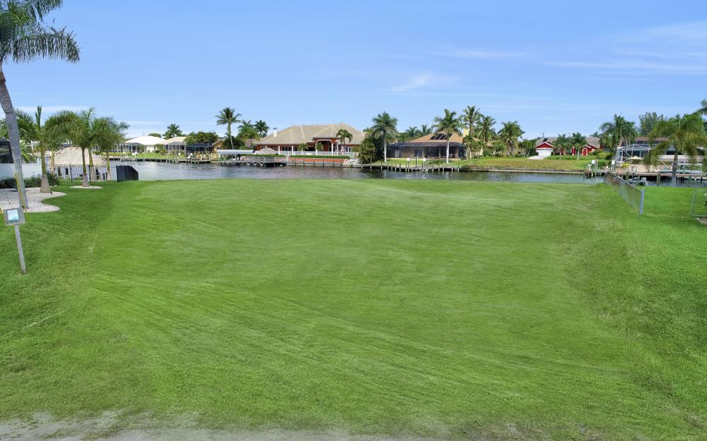 2221 SW 52nd St, Cape Coral - Lot For Sale 1960405284