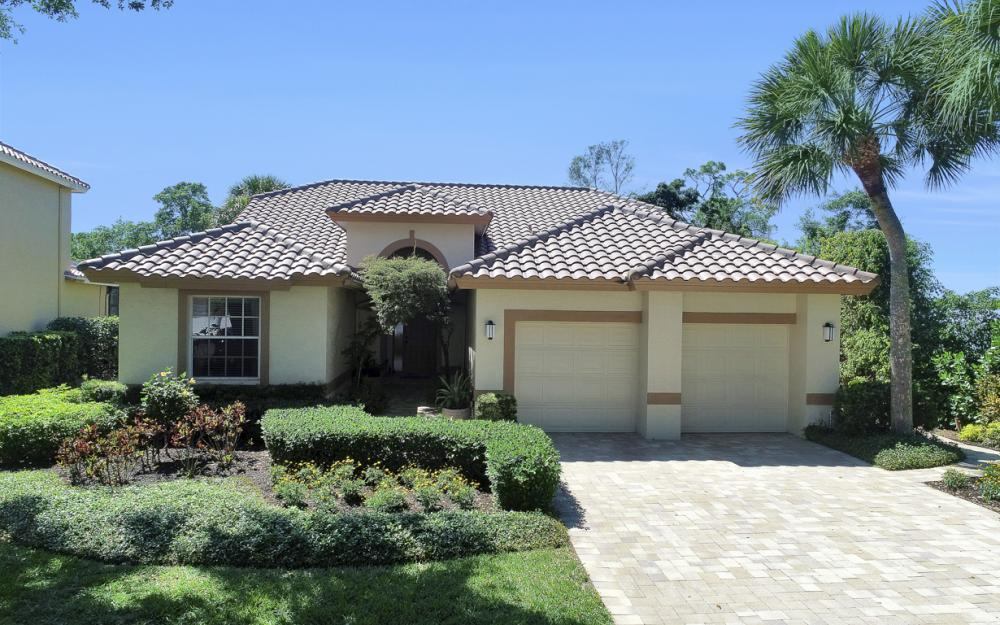 25261 Bay Cedar Dr, Bonita Springs - Home For Sale 931923552