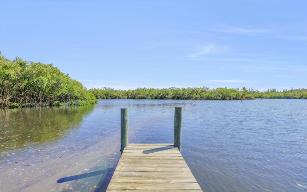 25261 Bay Cedar Dr, Bonita Springs - Home For Sale 1430285392