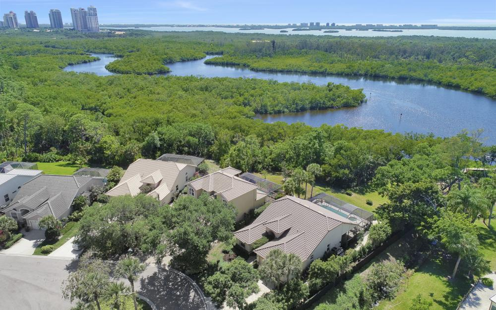 25261 Bay Cedar Dr, Bonita Springs - Home For Sale 425970554