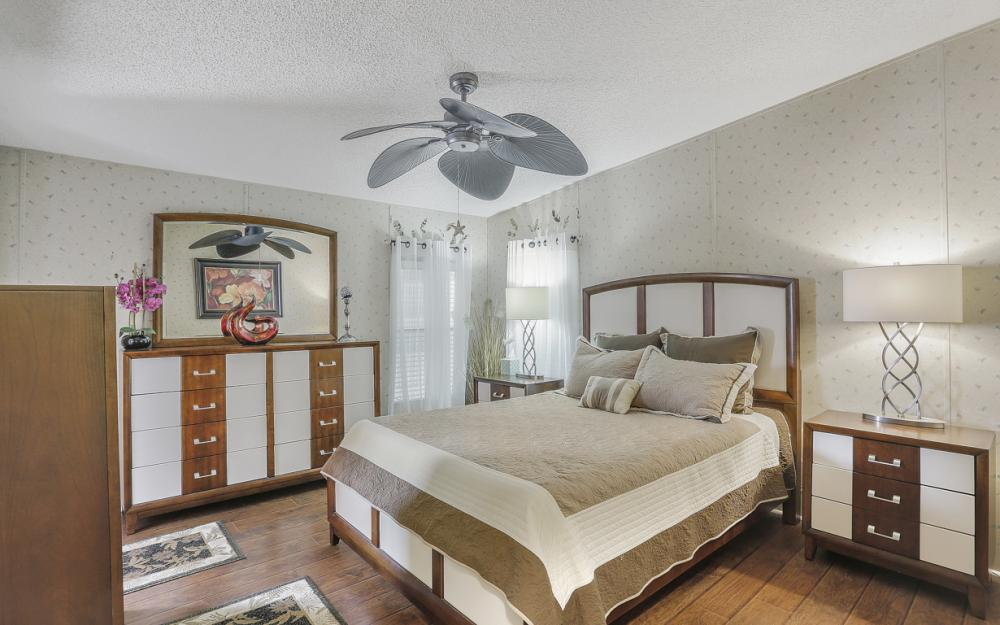 396 Horizon Dr, N Fort Myers - Home For Sale 300868073