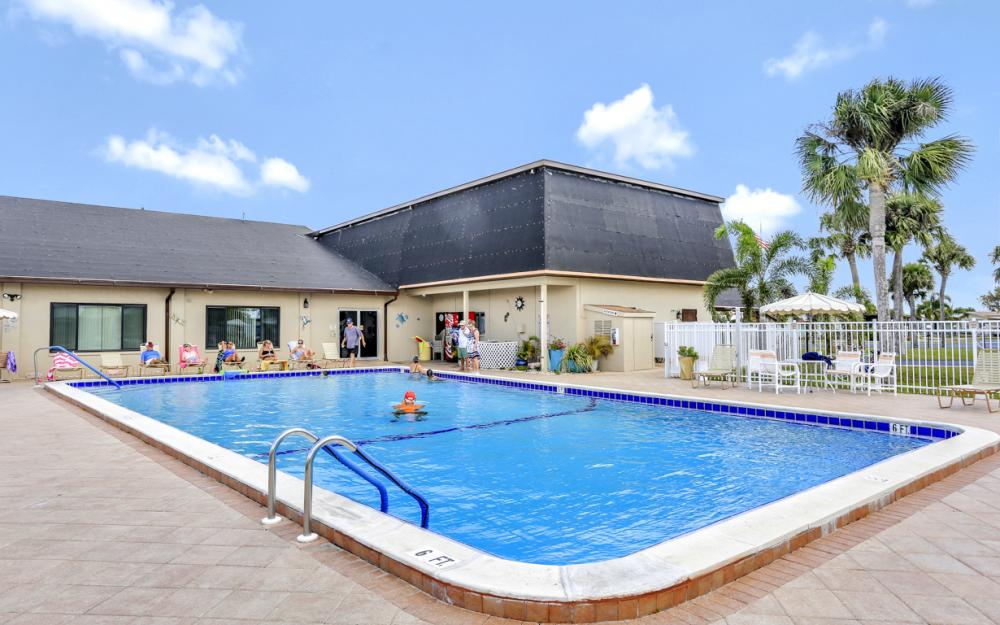 396 Horizon Dr, N Fort Myers - Home For Sale 54655352
