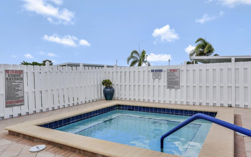 396 Horizon Dr, N Fort Myers - Home For Sale 1465342280