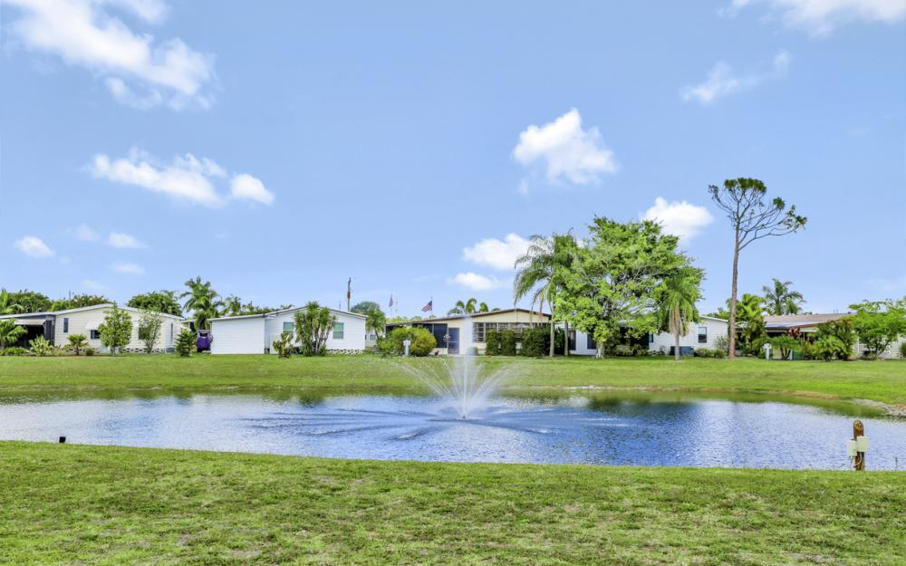 396 Horizon Dr, N Fort Myers - Home For Sale 236961466
