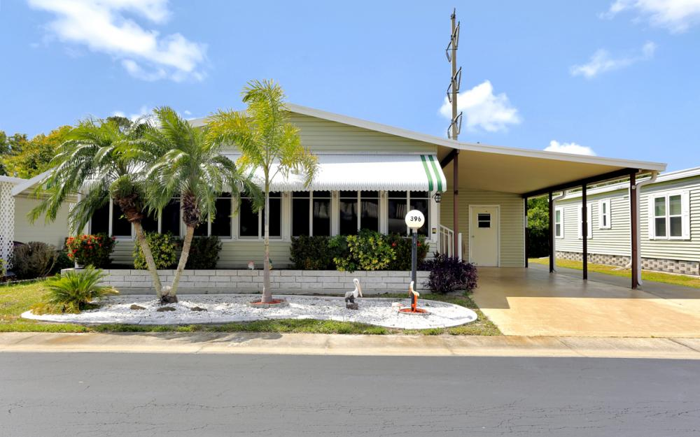 396 Horizon Dr, N Fort Myers - Home For Sale 363636302