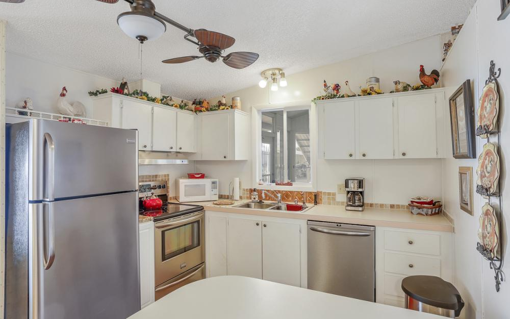 396 Horizon Dr, N Fort Myers - Home For Sale 2023826580