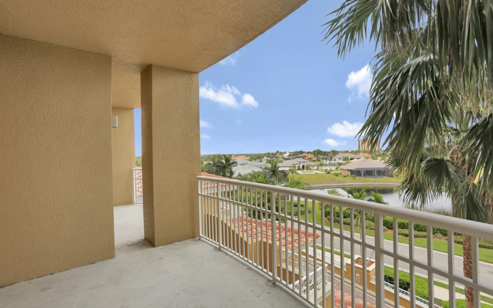 6061 Silver King Blvd, # 201 Cape Coral - Condo For Sale 62673374