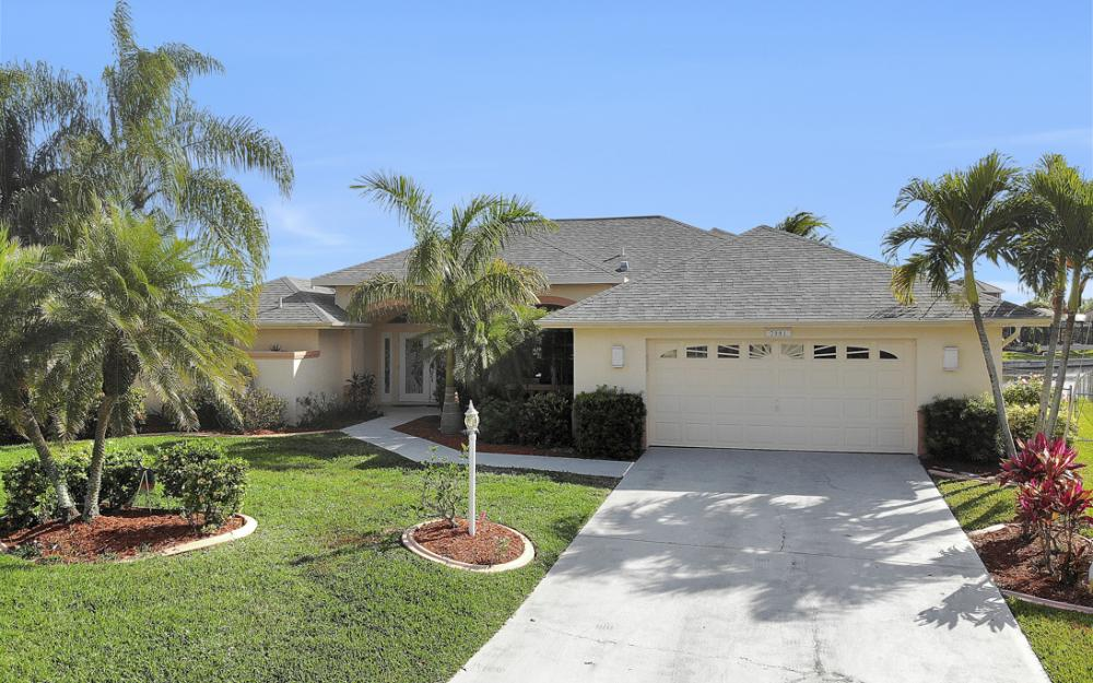 2001 SW 45th Ter, Cape Coral - Home For Sale 1158517315