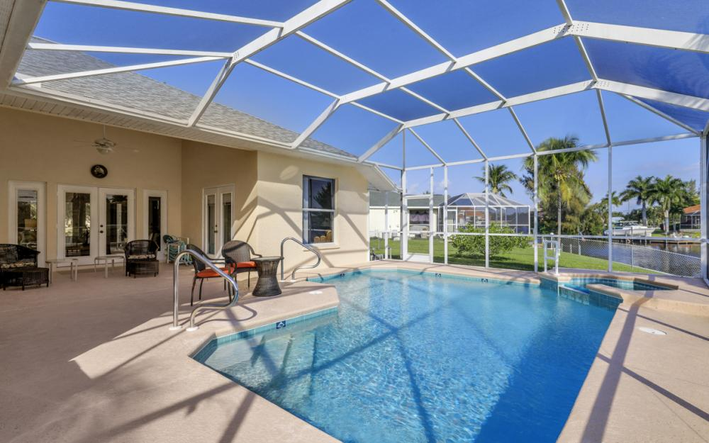 2001 SW 45th Ter, Cape Coral - Home For Sale 48175508