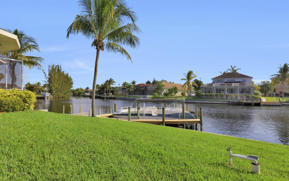 2001 SW 45th Ter, Cape Coral - Home For Sale 1180843408