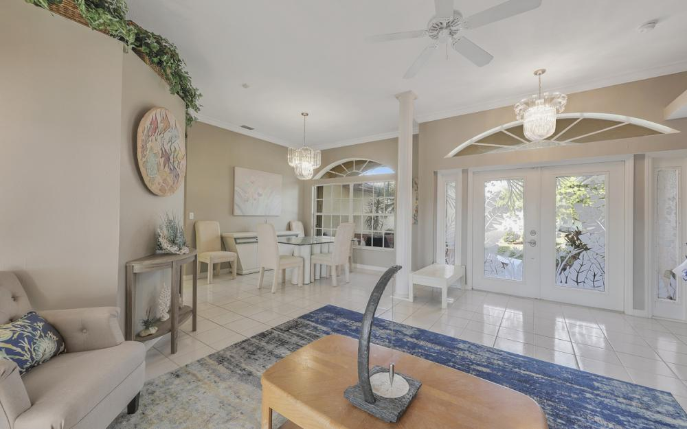 2001 SW 45th Ter, Cape Coral - Home For Sale 395483830