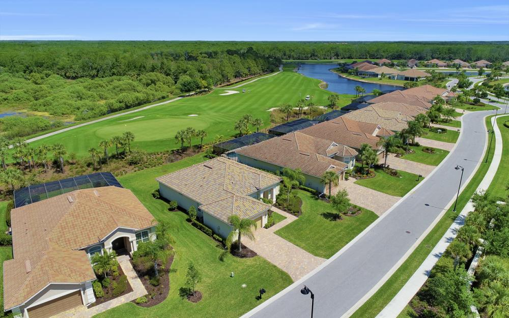 9279 Fieldstone Ln, Naples - Home For Sale 408684546