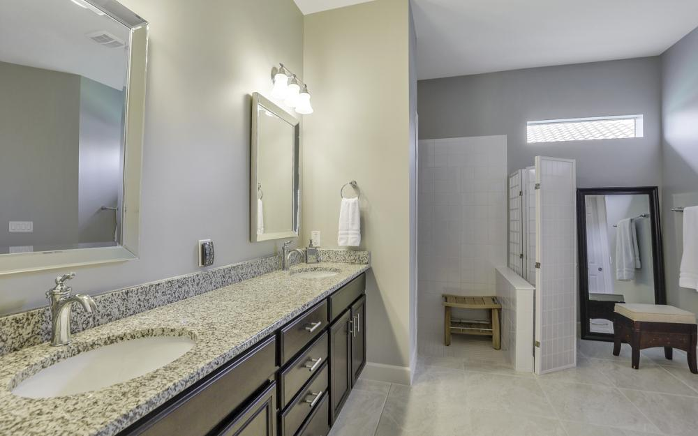 9279 Fieldstone Ln, Naples - Home For Sale 520077147