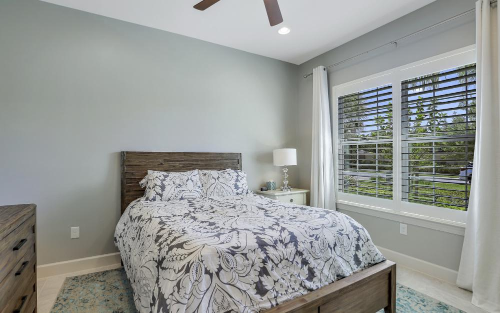 9279 Fieldstone Ln, Naples - Home For Sale 305662970