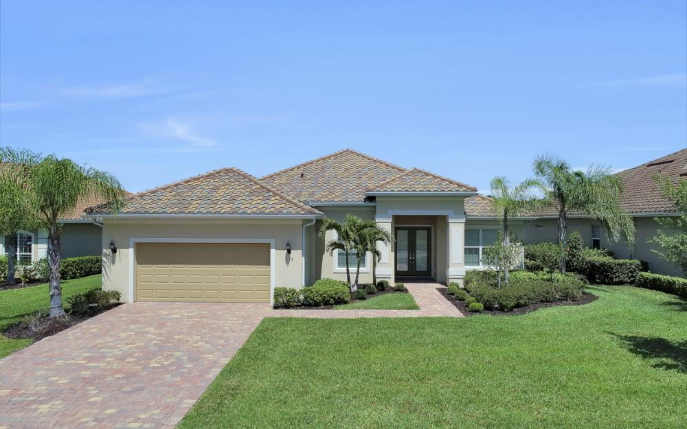 9279 Fieldstone Ln, Naples - Home For Sale 105867247