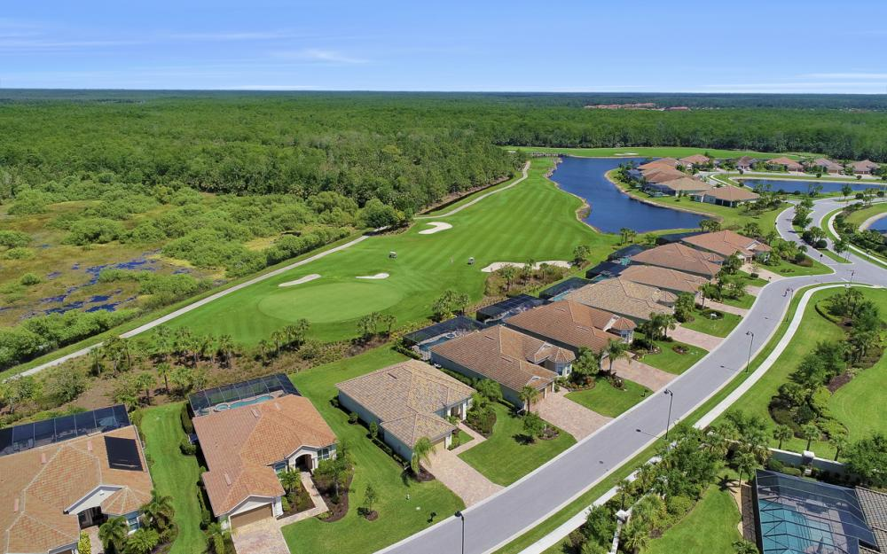 9279 Fieldstone Ln, Naples - Home For Sale 681887410