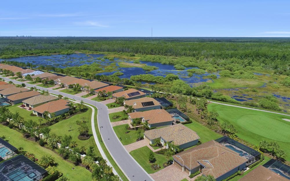 9279 Fieldstone Ln, Naples - Home For Sale 1246103116