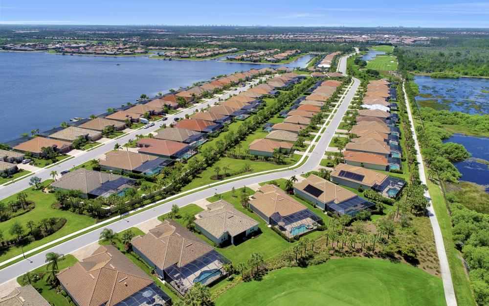 9279 Fieldstone Ln, Naples - Home For Sale 558293179
