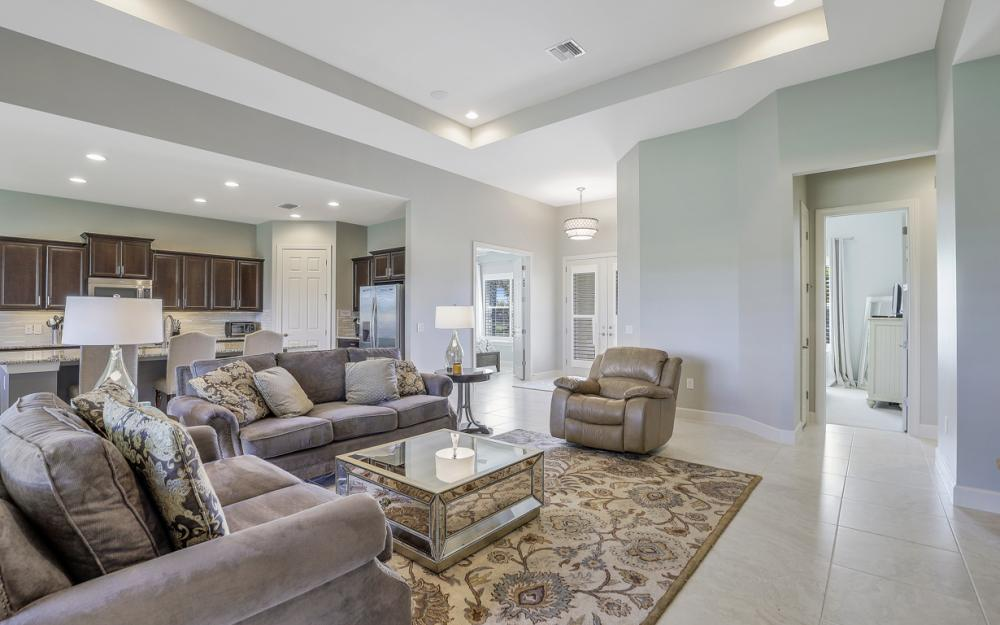 9279 Fieldstone Ln, Naples - Home For Sale 364015699