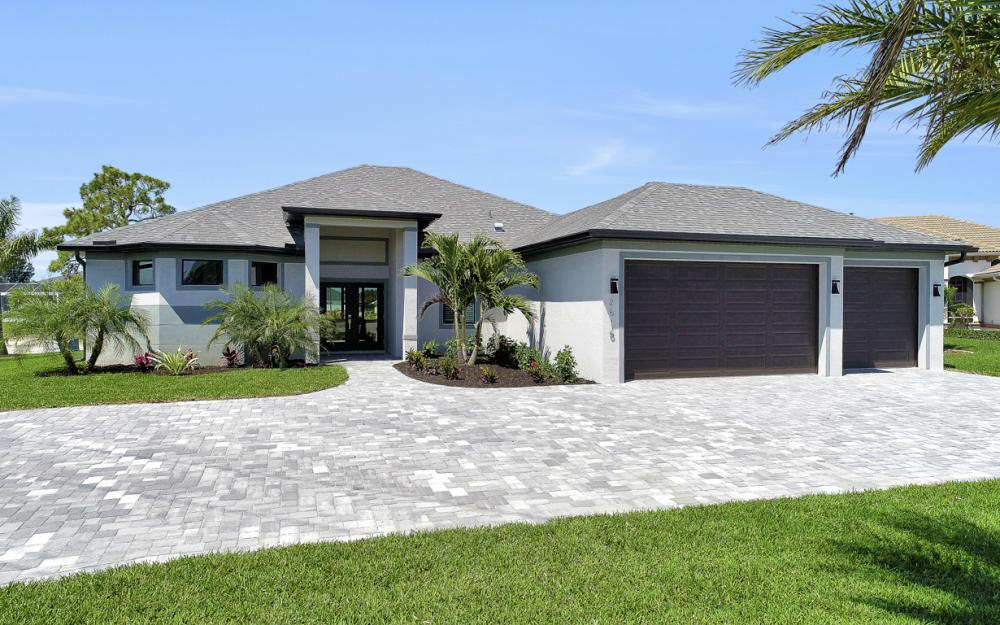 2515 Gleason Pkwy, Cape Coral - Home For Sale 1980086467