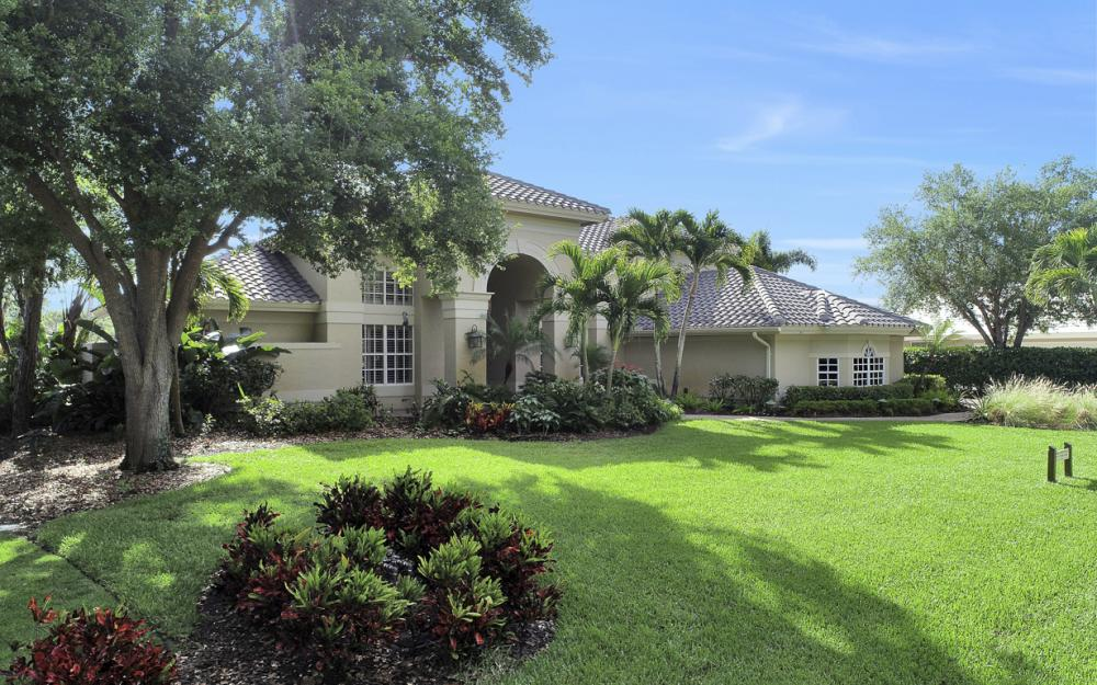 25151 Pennyroyal Dr, Bonita Springs - Home For Sale 713100639