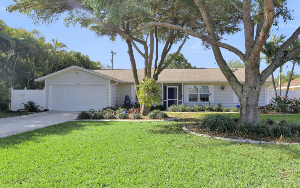 2212 SE 1st St, Cape Coral - Home For Sale 1744779913