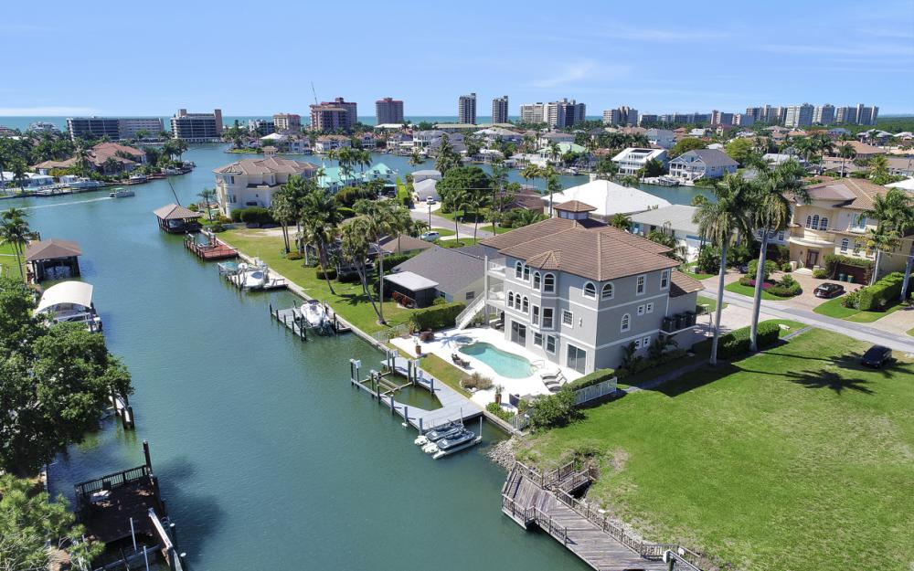 390 Seabee Ave, Naples - Home For Sale 584109876