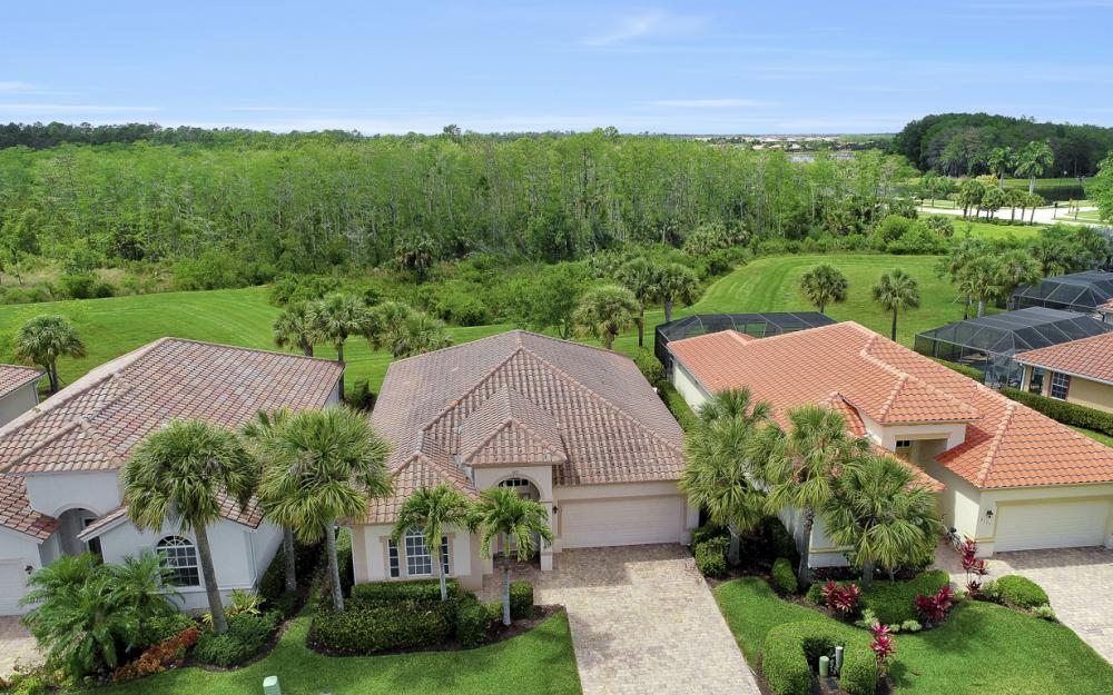 9121 Quartz Ln, Naples - Home For Sale 763491766