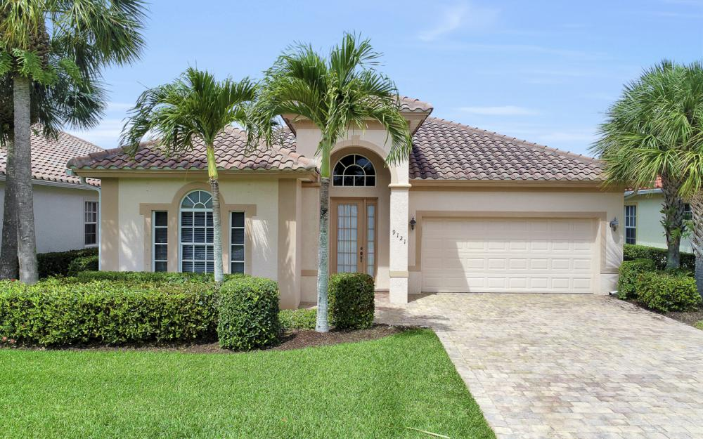9121 Quartz Ln, Naples - Home For Sale 1715888110