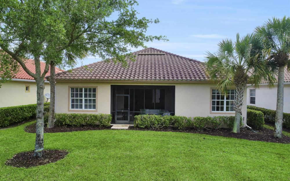 9121 Quartz Ln, Naples - Home For Sale 1650799592