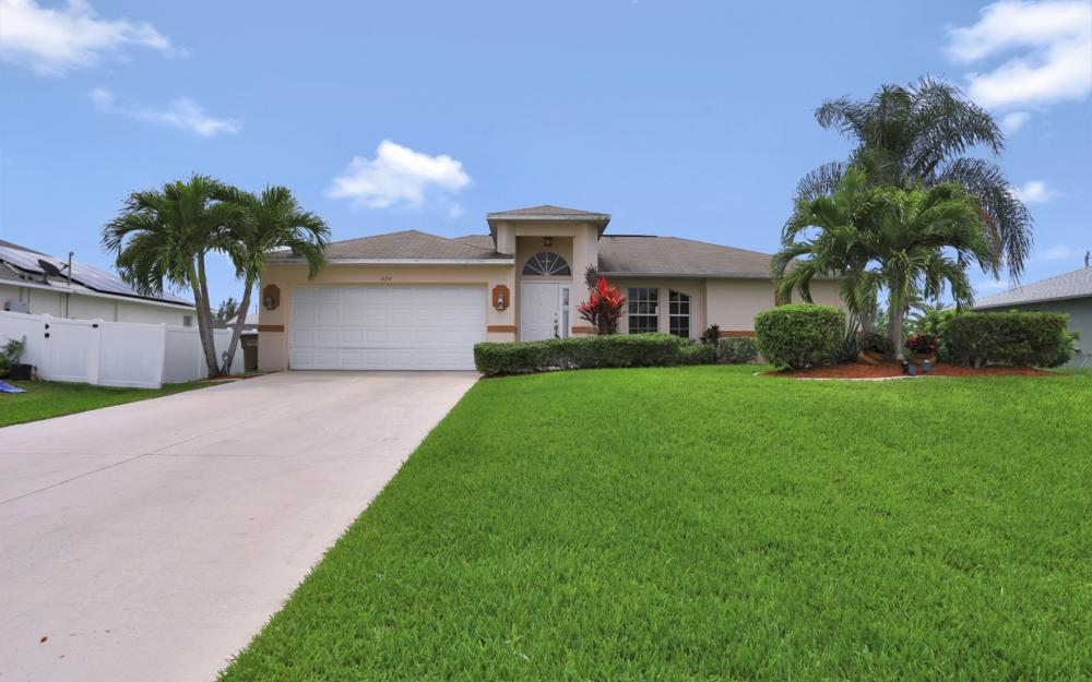 624 SW 21st Ln, Cape Coral - Home For Sale 862961381