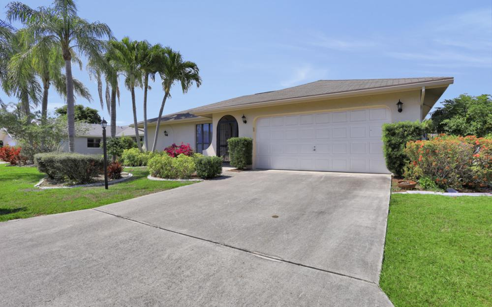 9958 Vanilla Leaf St, Fort Myers - Home For Sale 487533603