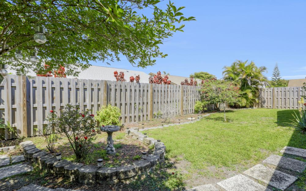 9958 Vanilla Leaf St, Fort Myers - Home For Sale 312691251