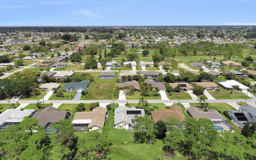 1402 SW 18th Terrace, Cape Coral - Home For Sale 478132292