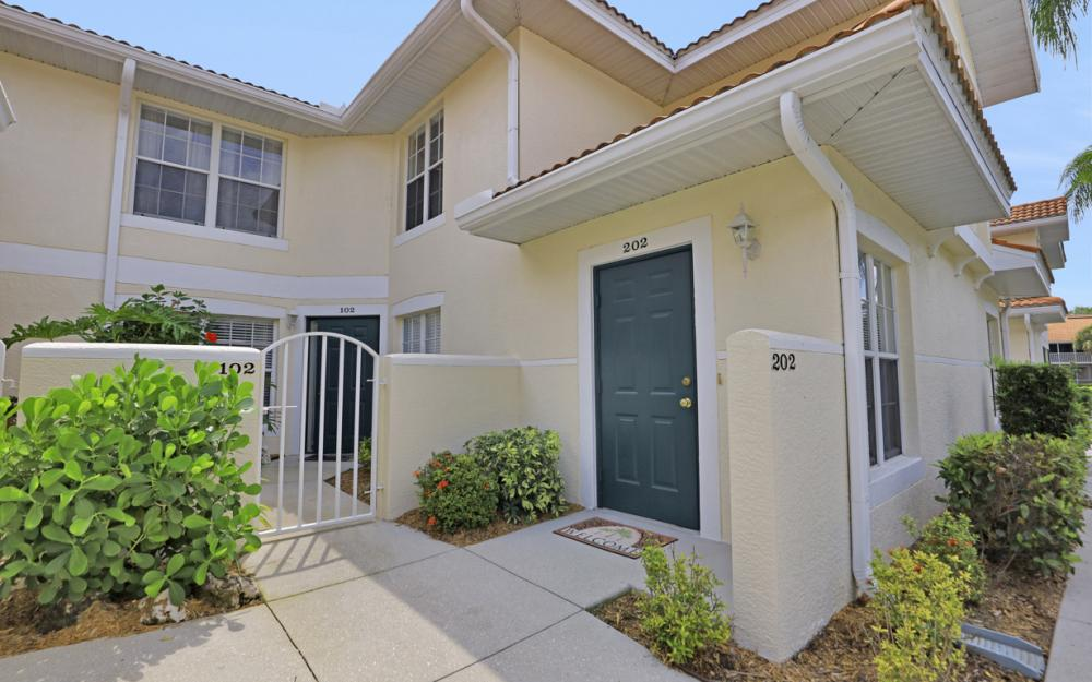 4920 Deerfield Way #202, Naples - Condo For Sale 438705232
