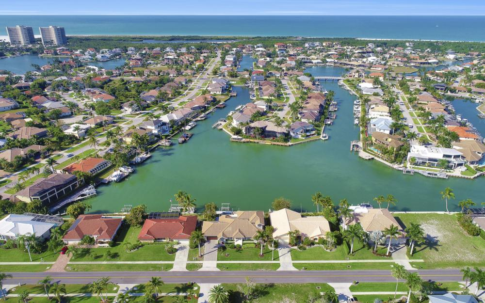 577 Tigertail Ct, Marco Island - Vacation Rental 283304608