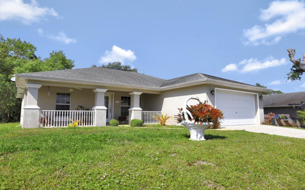 2305 NE 28th St, Cape Coral - Home For Sale 1724580815