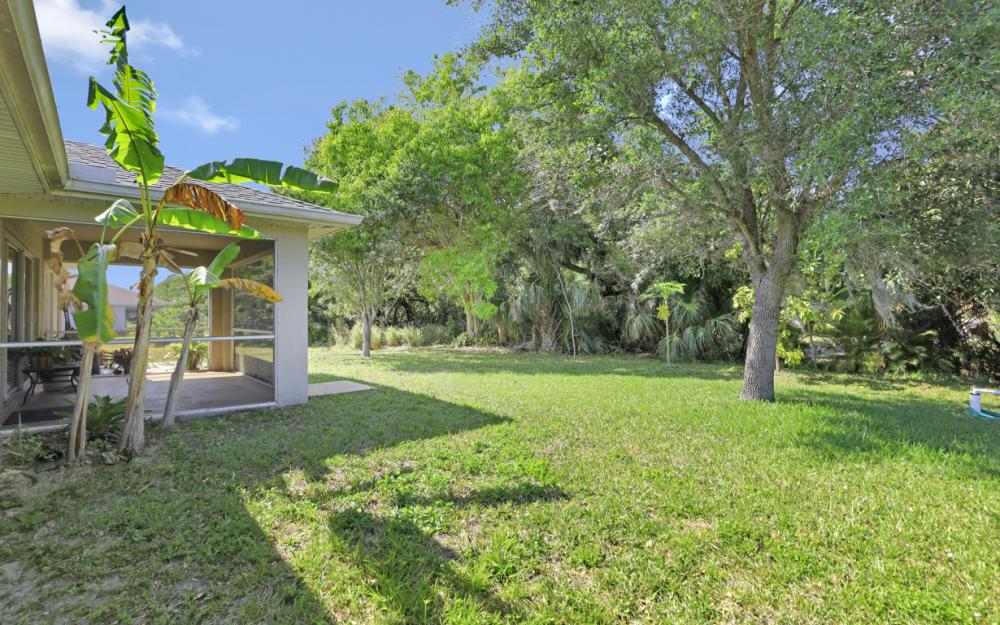 2305 NE 28th St, Cape Coral - Home For Sale 239021193