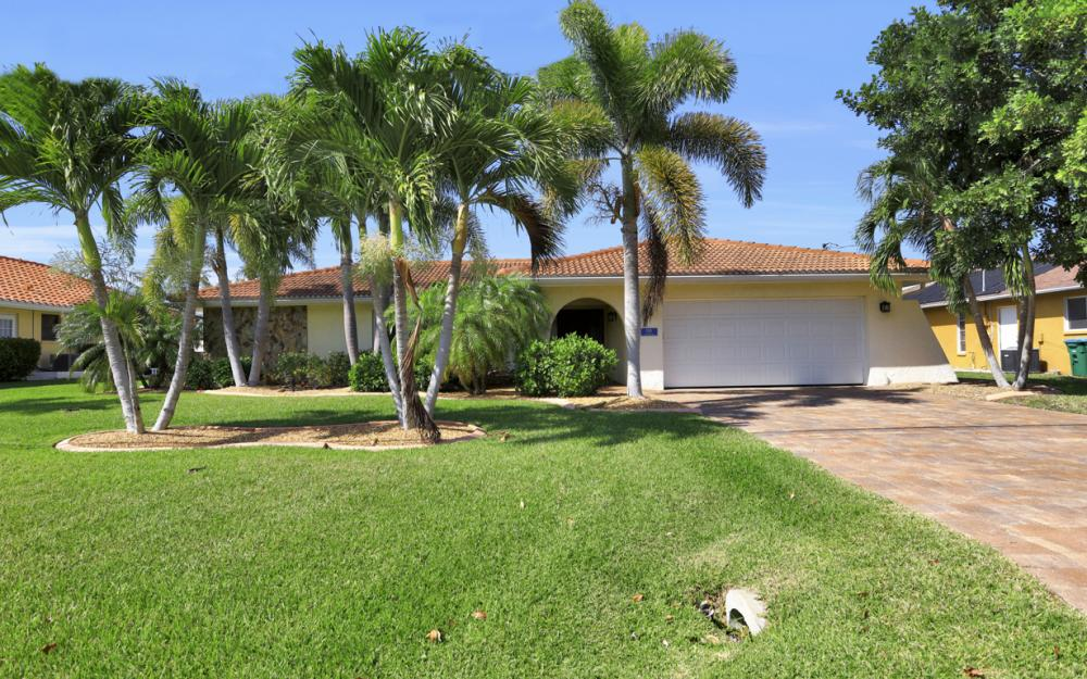 1531 SW 50th St Cape Coral - Home For Sale 783317919